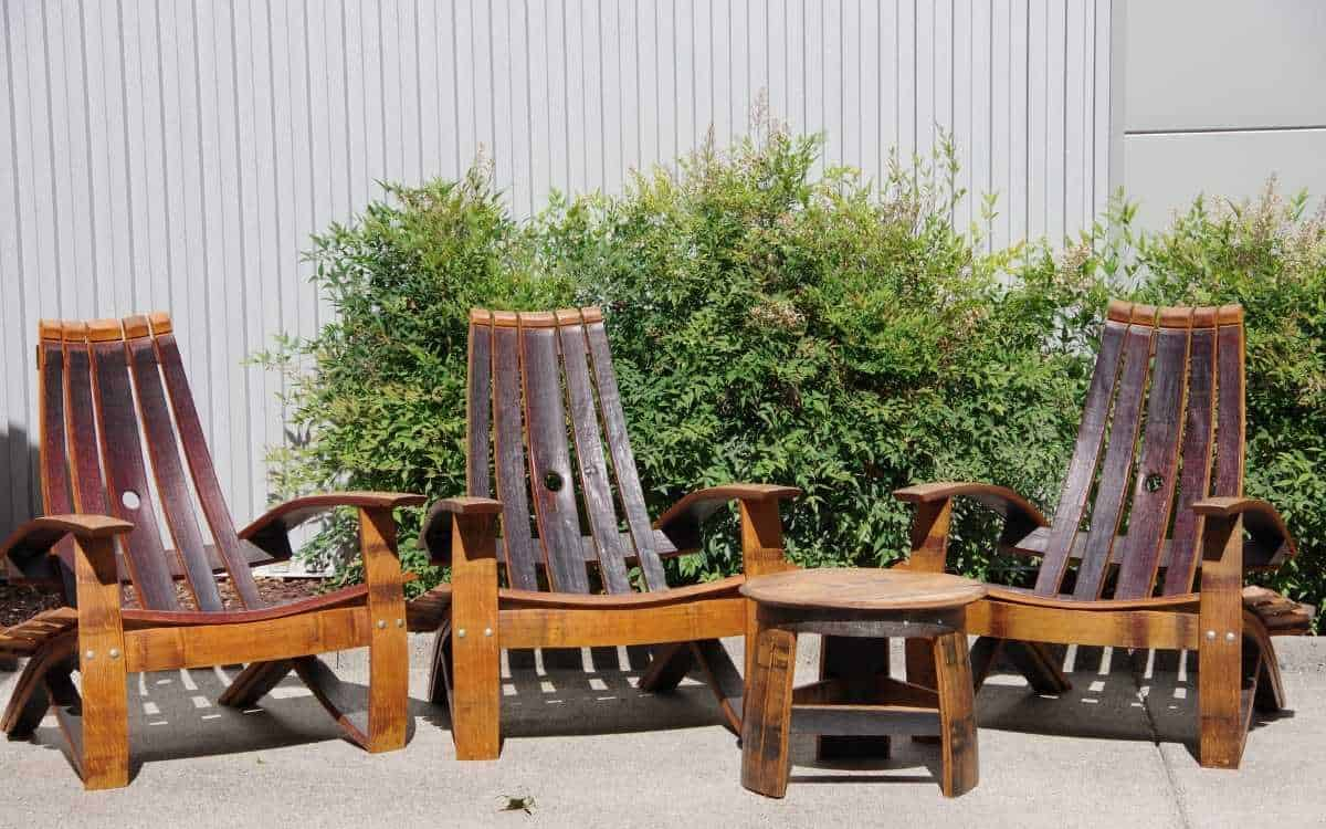 chairs-and-table-made-from-teak-wood